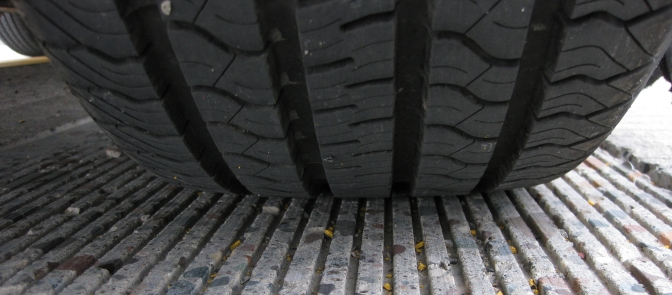 Innovative pavement textures reduce noise, improve fuel economy