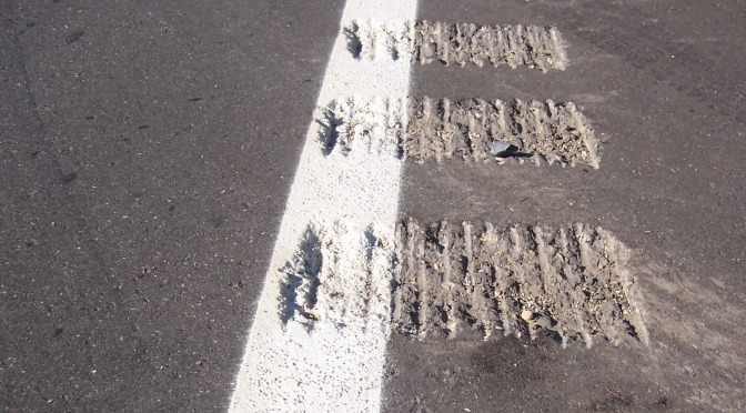 MnDOT looks for solution to noisy highway rumble strips