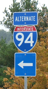 A sign similar to this will go up along the I-35 alternate route to guide redirected traffic.