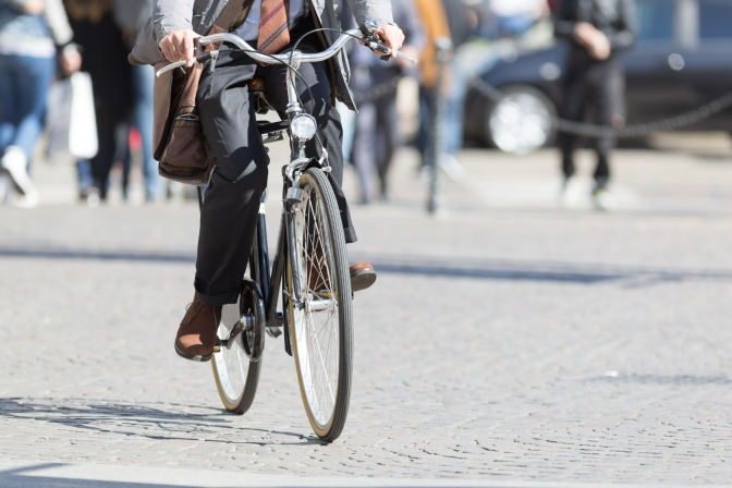 Bicycle commuting improves public health, reduces medical costs