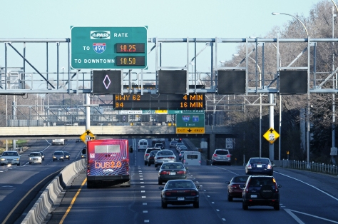 Multi-lane highway with real-time message boards
