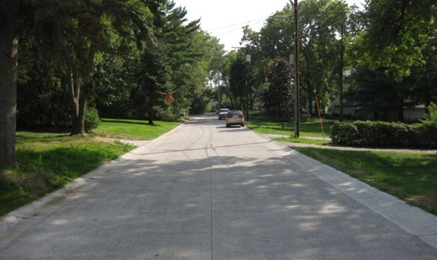 Residential street with pervious concrete pavement in shoreview, minnesota