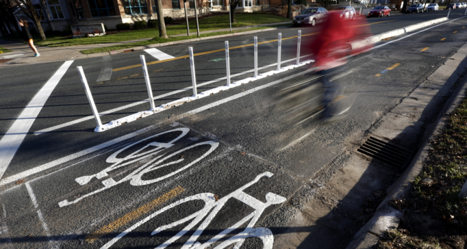 New Project: Guidance for Separated/Buffered Bike Lanes With Delineators